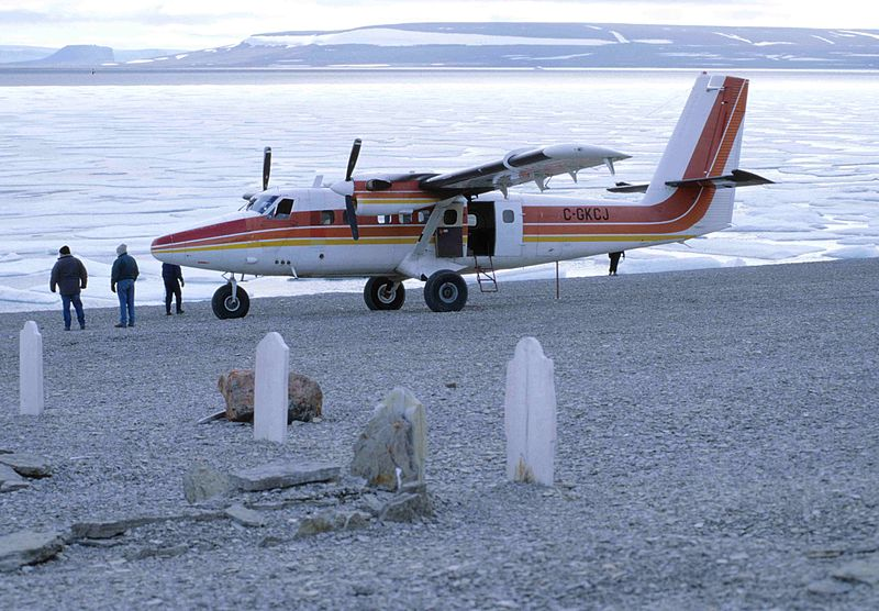 800px Twin_Otter_4_1997 08 02